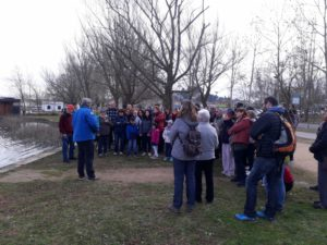 La sortida al Pla dels Estanyols de la Puda pel dia de les Zones Humides desperta gran interès