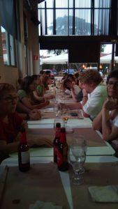 Tanquem el curs amb un Sopar-debat a la fresca per a socis i col·laboradors