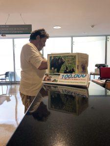 Ipcena lliura més de 100.000 signatures en contra de l'expulsió de l'os Goiat dels Pirineus
