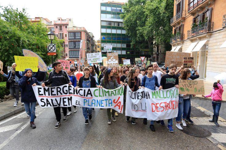 Moció municipal de suport a les accions per aturar la crisi climàtica.