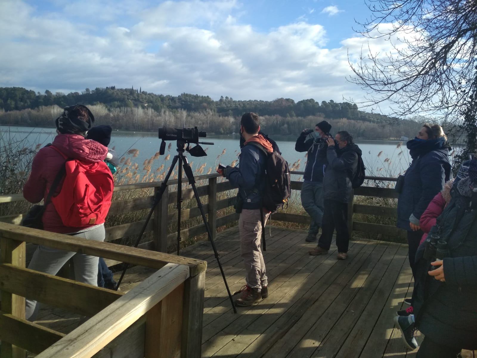 Rècord de cigonyes hivernants i bons nombres de les espècies més comunes en el XXVIIè cens d'ocells aquàtics de l'Estany de Banyoles i el riu Fluvià